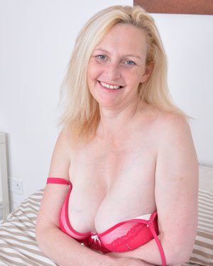 British Wife Pics